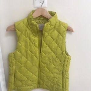 Loft Vest, muted green